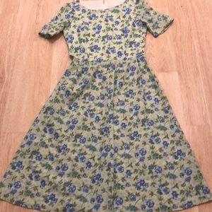 Dresses & Skirts - Vintage handmade Green swing dress Medium